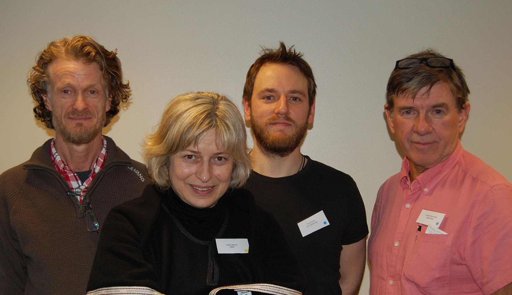 NNHs leder John Petter Lindeland, NNHs generalsekretær Lidia I. Myhre, Tony Holm fra styret i Fritt Helsevalg, og NAFKAM-direktør Vinjar Fønnebø.