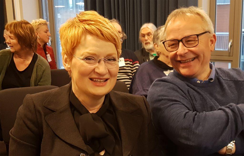 Norges første professor innen alternativ behandling Frauke Musial sammen med leder for NAFKAMs fagråd Jan Ivar Røssberg